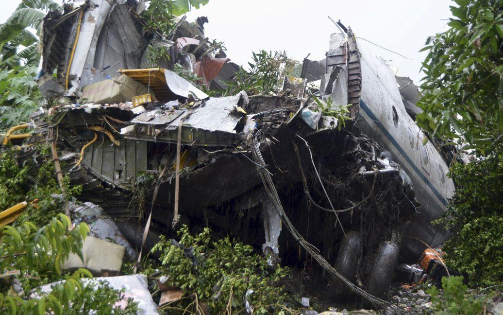 Фото с места катастрофы самолета / © Reuters