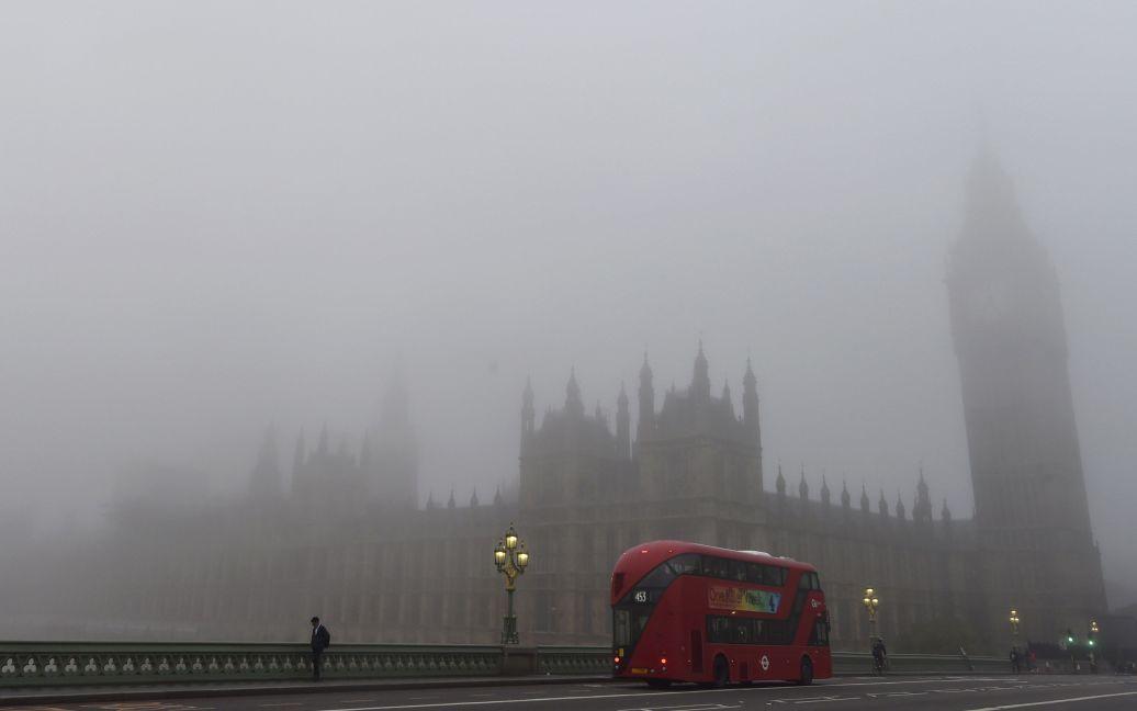 Лондон погрузился в рекордный туман / © Reuters