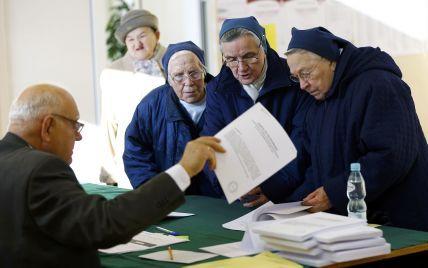 Експерти оцінили місцеві вибори-2015. Депутати будуть шокувати коаліціями та менше красти