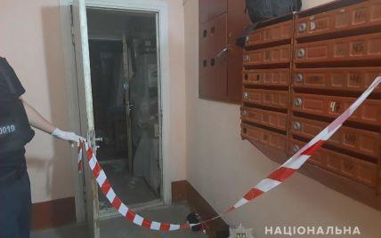 Подвійне вбивство: у Луцьку чоловік зарубав жінку та доньку