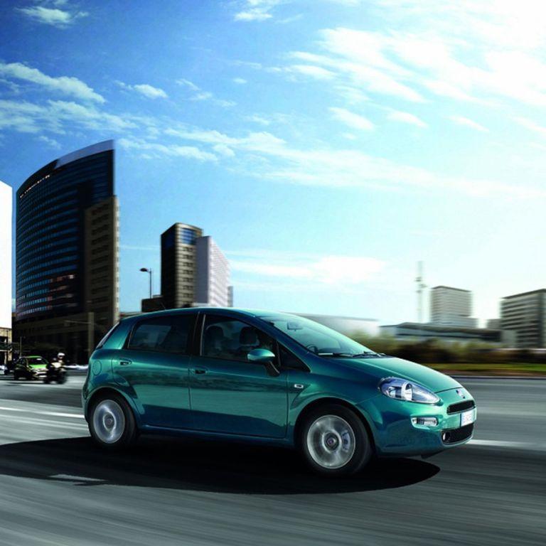 Автомобілі до 6 тисяч доларів: які моделі можна придбати за ці гроші в Україні