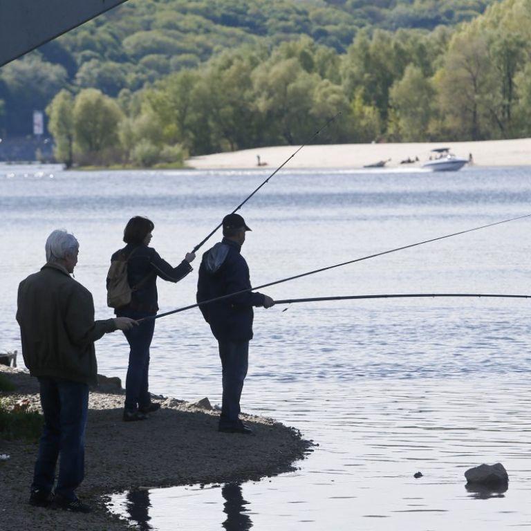 Какой сегодня праздник - 27 июня: Всемирный день рыболовства, Всемирный день микробиома, День рождения банкомата