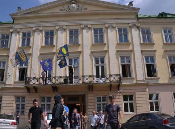 Після сутичок уЛьвівській облраді домедиків звернулись 11 людей